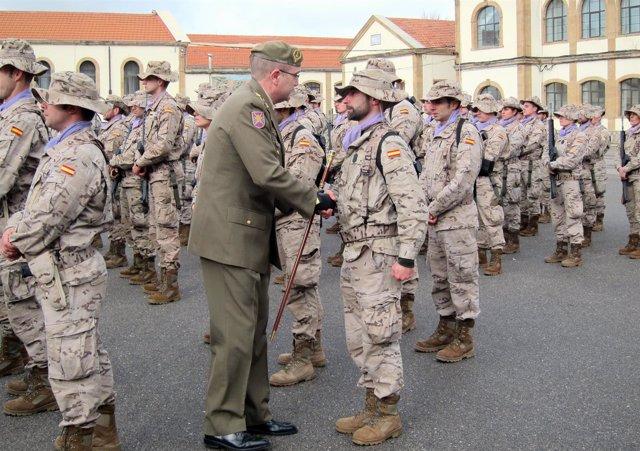 El general jefe, Manuel Godoy Malvar. Se despide de la Unidad