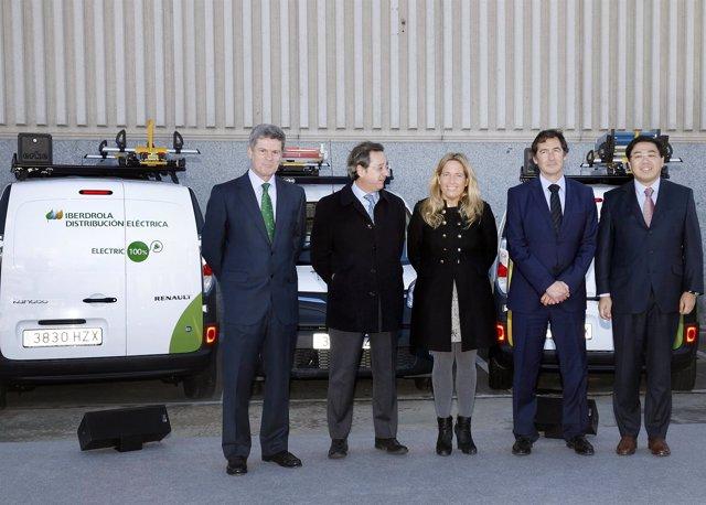 Entrega de vehículos eléctricos Renault a Iberdrola