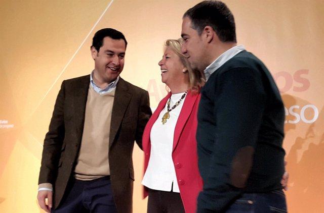Juanma Moreno, Ángeles Muñoz y Elías Bendodo en Marbella