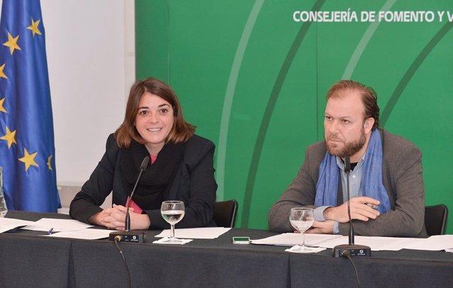 Consejera de Fomento y Vivienda, Elena Cortés (IU)