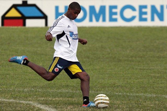 Colombiano Edwin Valencia ficha por el Santos de Brasil