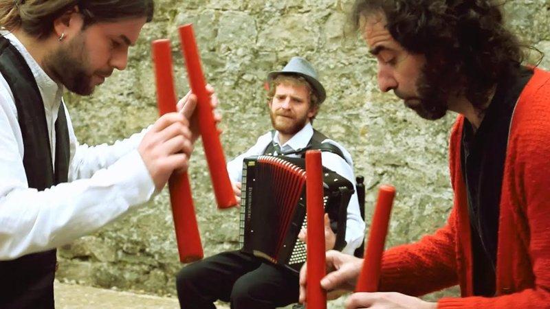 Hutsun Txalaparta ofrece un concierto didáctico en euskera 75b85f1b4e8