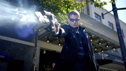The Flash: La caza de Flash Reverso y Capitán Frío