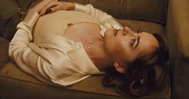 Dakota Johnson protagoniza un corto para Vogue