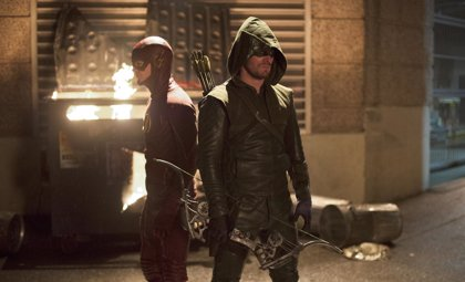 Tráiler de Arrow y The Flash: Canario Negro y Firestorm en acción