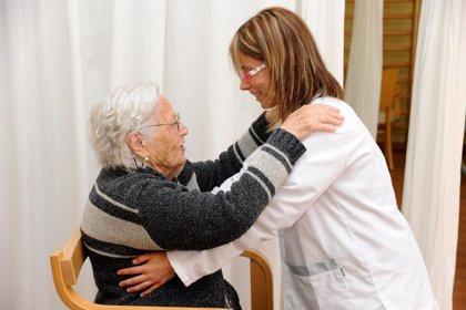 El 39% de los pacientes con Alzheimer alojados en residencias para mayores ha sufrido el uso de sujeciones físicas