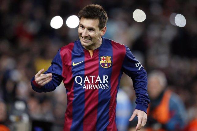Messi aventaja al Barça ante el Atleti en una ida brusca