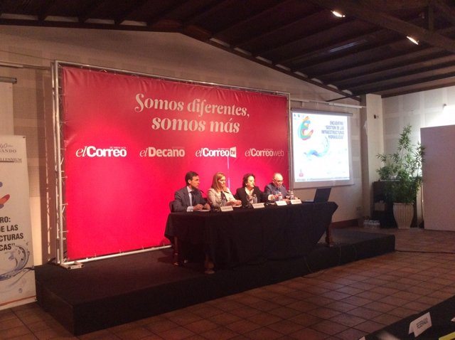 Serrano pide lealtad institucional al Gobierno central en el tema de aguas