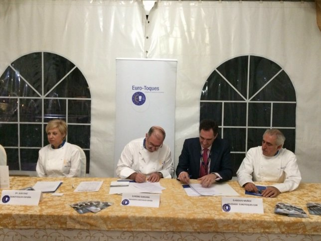 Ndp MAKRO Se Alía Con La Asociación De Cocineros EURO TOQUES