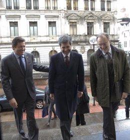 Javier Fernández junto a Carlos Lesmes, presidente del CGPJ