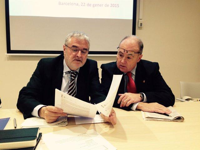 El secretario de Salud Pública, Antoni Mateu, y el epidemiólogo Antoni Trilla