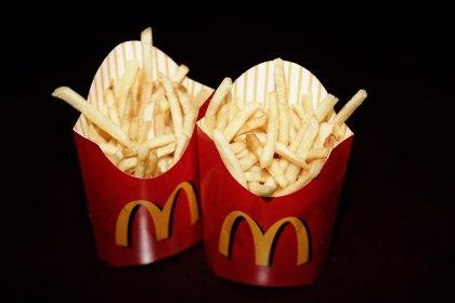¿Cómo se hacen las patatas fritas del McDonald's? (Vídeo)