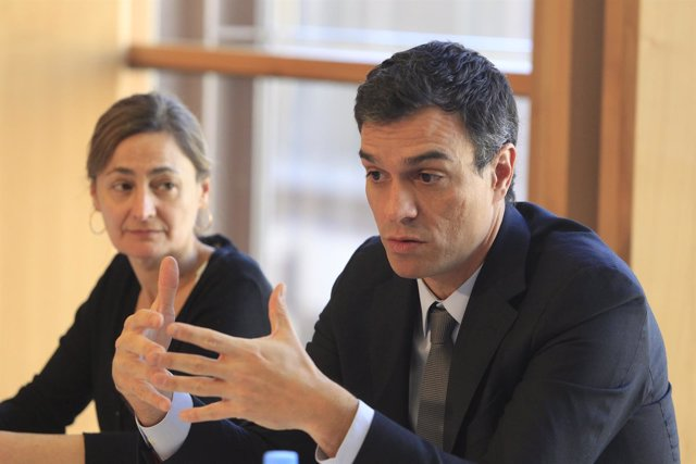 Pedro Sánchez y María Luz Rodríguez