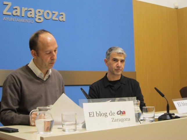 El concejal de CHA, Carmelo Asensio, y el portavoz, Juan Martín