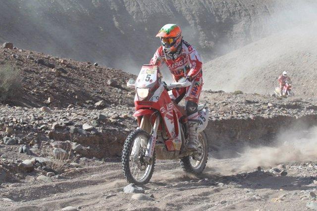 Laia San En El Dakar