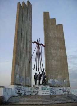 Monumento A Onésimo Redondo En Valladolid
