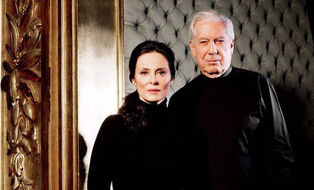 Mario Vargas Llosa y Aitana Sánchez Gijón