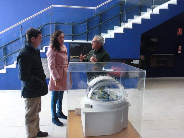 La secretaria general del PP-A, Dolores López, visita Gérgal