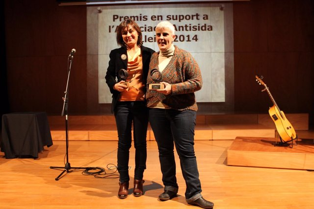 Anna Sabaté y Montserrat Pineda en los premios de la Asociación Antisida.