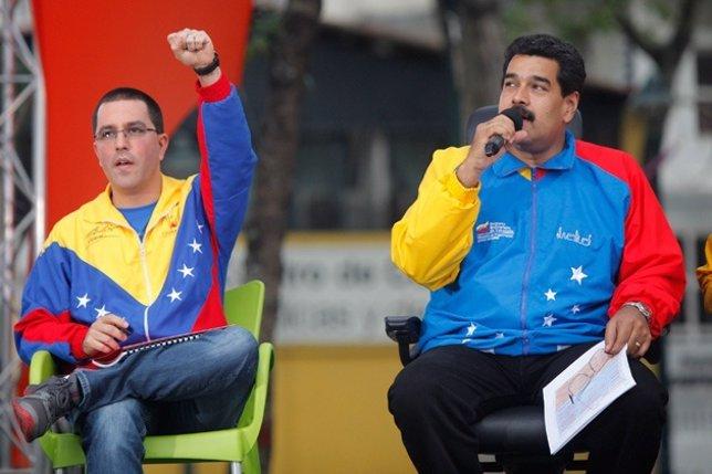 El vicepresidente y el presidente de Venezuela, Jorge Arreaza y Nicolás Maduro.
