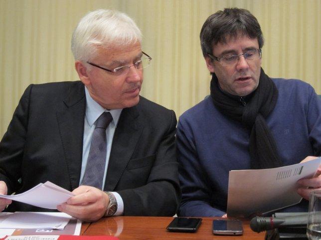 El conceller F.Mascarell y el pte.De la Comisión C.Puigdemont