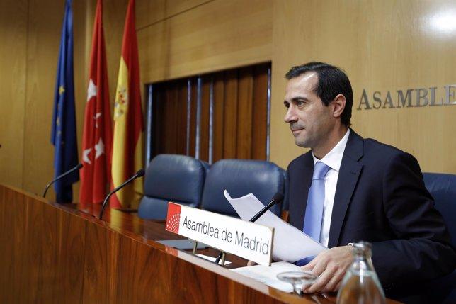 Salvador Victoria en rueda de prensa posterior al Consejo en la Asamblea