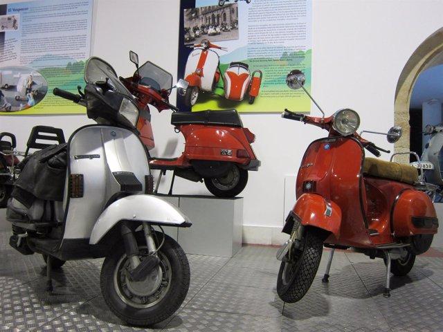 Motocicletas 'Vespa'' en el Museo de Historia de la Automoción de Salamanca