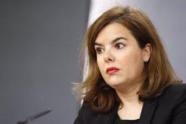 Sáenz de Santamaría evita pronunciarse sobre la situación del PSOE y elogia la importancia de la estabilidad política