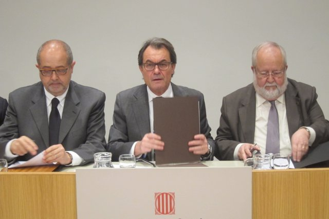 Felip Puig (conseller), pte.Artur Mas, Salvador Esteve (pte.Diputació Barcelona)
