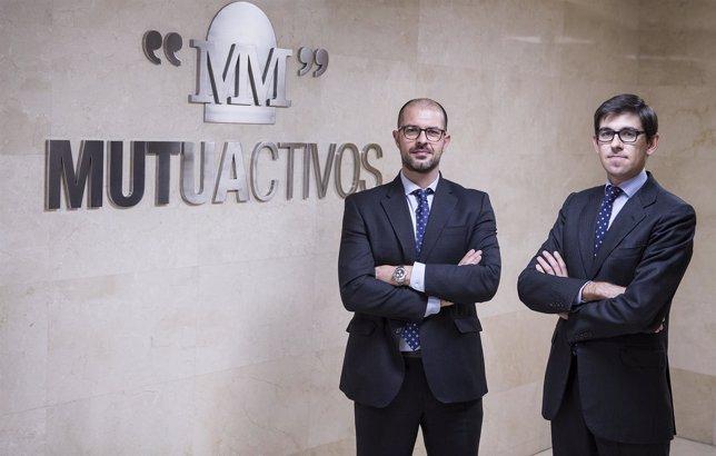 José Ángel Fuentes (izquierda) y Fernando Gil de Santivañes (derecha)