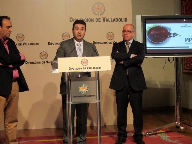 Díez y Centeno durante la presentación de la renovación del Museo del vino