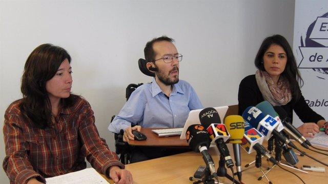 Pablo Echenique con otras integrantes de su candidatura a Podemos Aragón