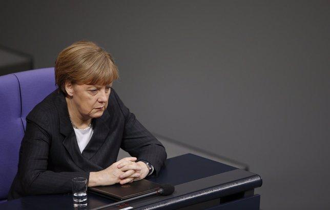Merkel: las reformas deben continuar tras las medidas del BCE