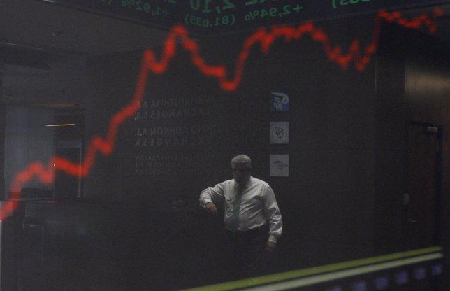 La euforia se adueña de la Bolsa de Atenas en la última sesión antes de las elec