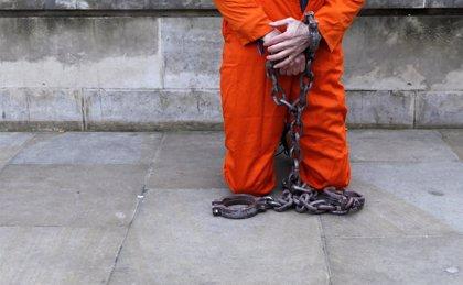 Relevado de su cargo el comandante de la base de Guantánamo