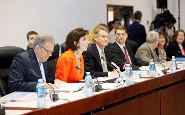 La jefa de la delegación de EEUU en las negociaciones con Cuba