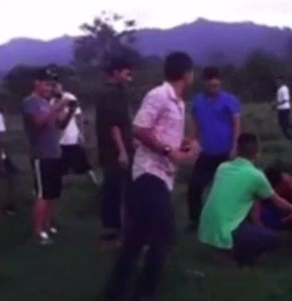 Jóvenes hondureños graban cómo torturan y matan a un perro