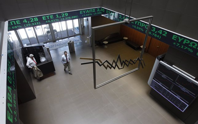 La Bolsa de Atenas alivia sus pérdidas
