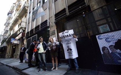 La Fiscalía argentina imputa a Lagomarsino, el hombre que le prestó el arma a Nisman