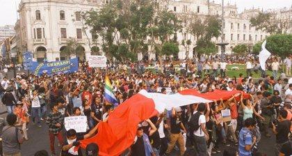 El Congreso peruano deroga la ley de empleo juvenil tras la ola de protestas
