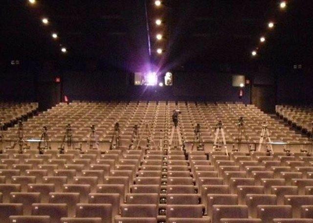 Recurso De Butacas De Cine Y Proyector