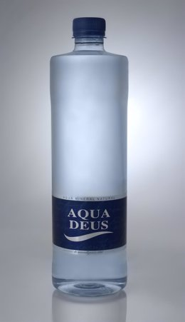 El agua mineral Aquadeus, presente en la Guía Repsol 2015