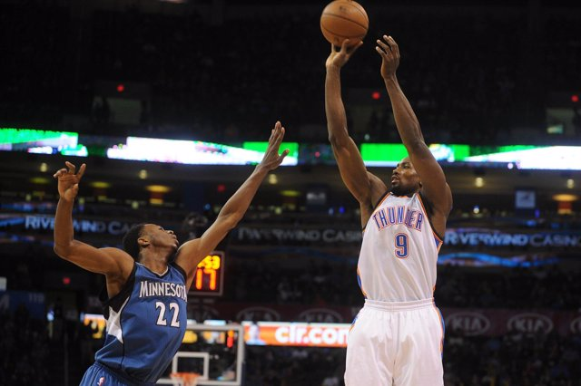 Serge Ibaka en el Minnesota Timberwolves - Oklahoma City Thunder