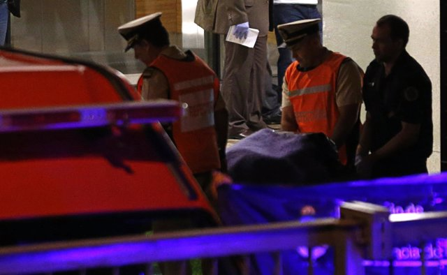 Las fuerzas de seguridad se llevan el cadáver del fiscal Alberto Nisman
