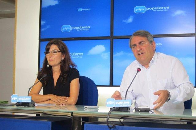Carmen Maniega Y Ramón García Cañal