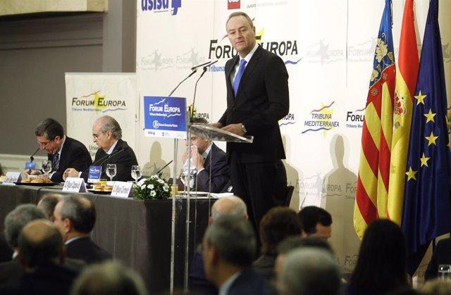 Alberto FAbra en el desayuno informativo