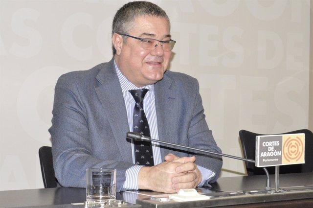 El portavoz del PP-Aragón, Antonio Torres.