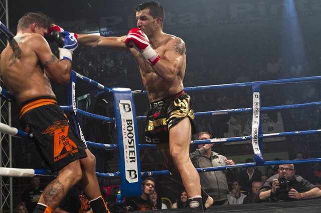 Abraham Roqueñi Boxeo K1