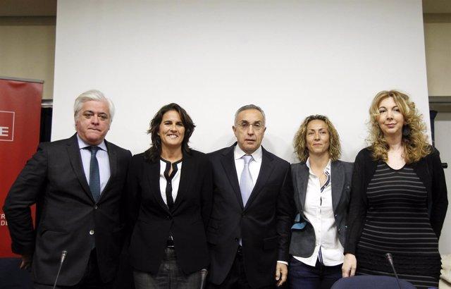Conchita Martínez, con Gala León y José Luis Escañuela