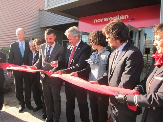 Inauguración de las oficinas de Norwegian en El Prat